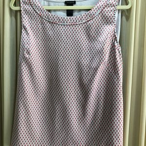 Ann Taylor Sleeveless Blouse in XL
